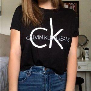 Calvin Klein Crop Top